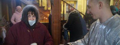 Православные активисты в праздник раздали просветительские листовки в храме в Красной Яруге