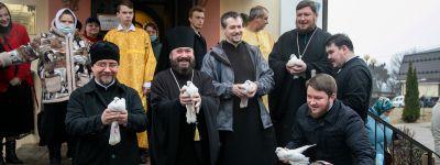 Вечерню и Божественную литургию святителя Иоанна Златоуста в храме апостола Иакова, брата Божия, совершил епископ Губкинский на Благовещение