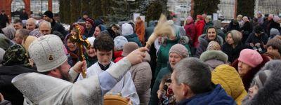 В Крещенский сочельник епископ Губкинский совершил Божественную литургию в Спасо-Преображенском кафедральном соборе