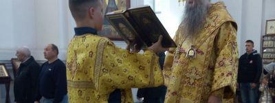 Епископ Валуйский совершил Божественную литургию в Свято-Николаевском кафедральном соборе