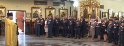 Белгородские спасатели пришли в храм на богослужение в честь иконы Божией Матери «Неопалимая купина»