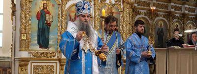 Всенощное бдение накануне Благовещения состоялось в кафедральном соборе в Валуйках