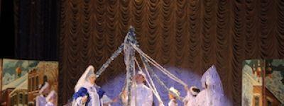 Музыкальный спектакль «Кукла рождественской девочки» показали девушкам-заключённым в Новооскольской колонии
