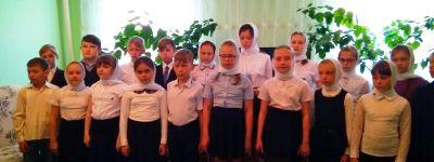 Ребята из воскресной школы «Покров» в Бирюче навестили ветеранов в Никитовке
