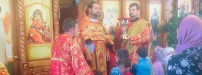 Епископ Валуйский совершил Божественную литургию в Свято-Троицком храме села Засосна