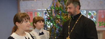 О православной киностудии, созданной настоятелем Свято-Духовского храма села Камызино, рассказала «Заря»