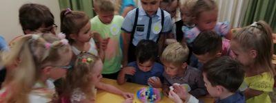 Праздник семейных интеллектуальных игр организовали в белгородском православном детском саду «Рождественский»