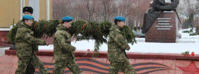 Красненский благочинный поздравил жителей района с 77-летием освобождения