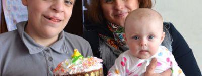 Александро-Невский собор вручил подарки 20 особенным детям Старого Оскола