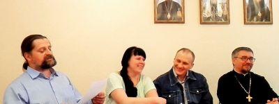 Поэтический вечер «Восславим  Господа» состоялся в губкинском православном культурном центре