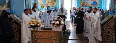 Епископ Валуйский совершил заупокойную Божественную Литургию и отпевание новопреставленного иеромонаха в храме Димитрия Солунского в Раздорном