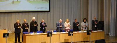 Белгородский митрополит поздравил О.Н. Полухина с избранием ректором Белгородского университета и наградил церковной медалью