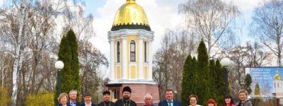 200 краснояружских артистов посетили часовню святителя Иоасафа Белгородского в Грайворонском благочинии