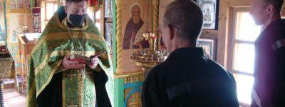 Православная служба, которая завершилась таинством Крещения заключённого, совершена в храме в колонии в Валуйках