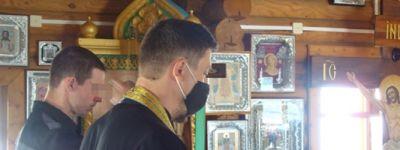 В храме Святой Живоначальной Троицы в колонии в Валуйках совершена литургия и прошло причастие осужденных