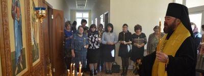 Педагоги в Губкине помолились о невинно убиенных в Керчи