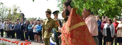 Неизвестных героев войны захоронили в Ольховке