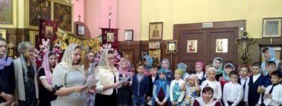 Пасхальный концерт «Чудо выше всех чудес!» в День Жён-мироносиц дали дети в Хотмыжске