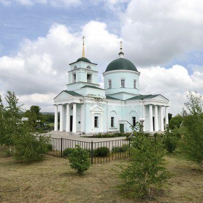 Храм Троицы Живоначальной в Голофеевке