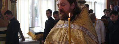Ректор Белгородской семинарии возглавил литургию в Неделю 15-ю по Пятидесятнице