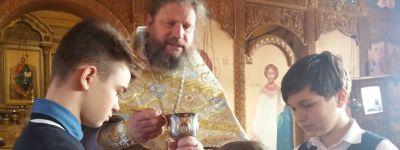 Православные гимназисты из Старого Оскола на Сретенье сходили в храм