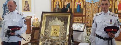 Крестный ход с иконой «Избавительница от бед» прибыл в Валуйскую епархию
