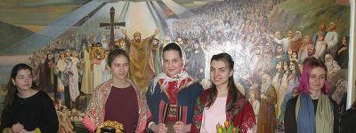 Масленицу отметили в белгородской православной гимназии