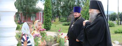 В день памяти пророка Божия Илии валуйский епископ совершил литургию на престольном празднике в Красном