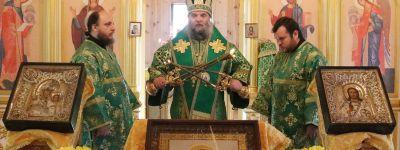 Епископ Валуйкий в день памяти Сергия Радонежского совершил литургию в храме в Тишанке