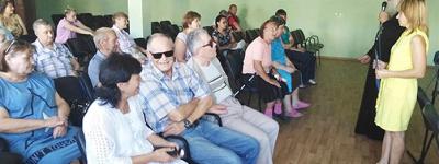 Программу «Три великих Спаса на Руси» представили слепым специалисты  библиотеки имени митрополита Макария (Булгакова) в Старом Осколе