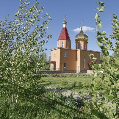 Храм Апостола и евангелиста Иоанна Богослова в селе Долгое