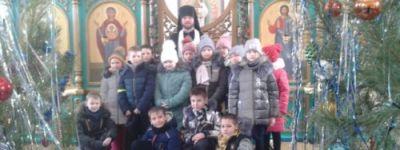 Колядки и окропление святой водой зданий провели на Крещение в селе Алексеевка