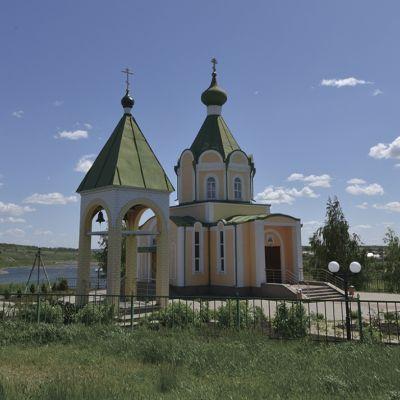 Храм в честь святых чудотворцев и бессребреников Космы и Дамиана в Курасовке