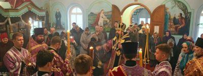 В канун дня памяти 40 мучеников епископ Губкинский совершил Всенощное бдение в храме в Головчино