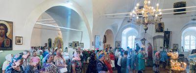 Праздничное богослужение в престольный праздник состоялось в Смоленском соборе в Белгороде