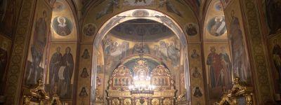 В новогоднюю ночь белгородский митрополит совершил литургию в Преображенском соборе Белгорода