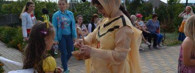 Праздник хлеба и меда «Медовый пряник» состоялся в Красном Октябре