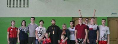 Три команды сыграли в волейбольном турнире Покровского православного молодежного братства в Шопино