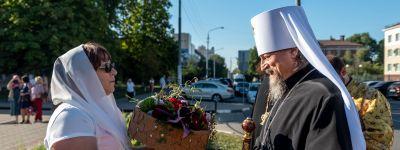 Божественную литургию в храме в честь святой блаженной Матроны Московской совершил в день целителя Пантелеимона митрополит Белгородский