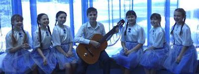 Фестиваль православной авторской песни «Сретение» в Строителе собрал авторов–исполнителей из благочиний Губкинской епархии