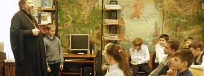 Программу «Православные истоки» реализуют в Центральной детской библиотеке в Старом Осколе