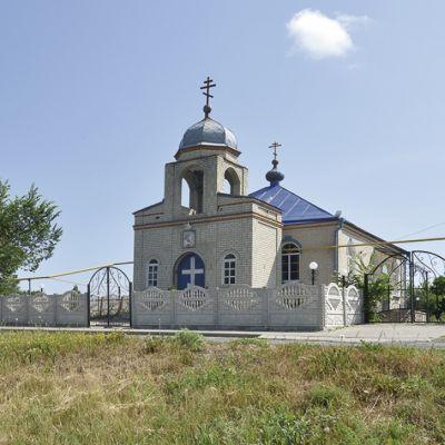 Храм великомученика Георгия Победоносца в Волотово