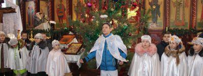 В храме святых Космы и Дамиана прошла традиционная Рождественская елка Краснояружского благочиния