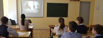 Православные гимназисты Старого Оскола посмотрели фильм, участниками  съёмок которого были