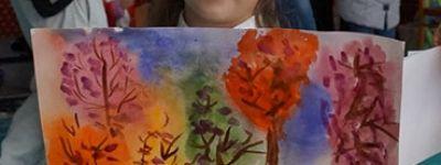 Конкурс детского рисунка «Осенняя пора – очей очарование» организовала «Рука помощи»