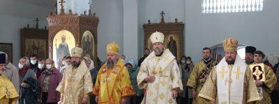 Епископ Губкинский поздравил епископа Железногорского с 50-летием