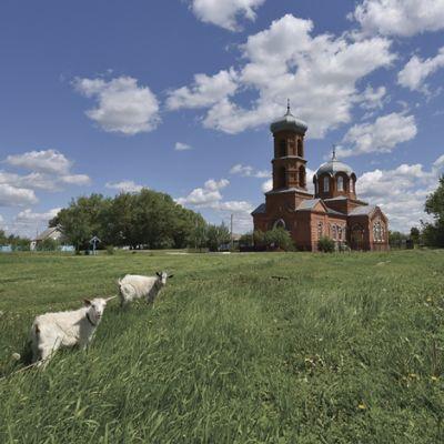 Храм святителя Тихона Задонского в селе Нижняя Серебрянка