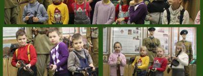 Воспитанники белгородского православного детского сада посетили Комнату боевой славы белгородского Пограничного Управления