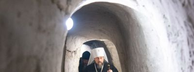 Белгородский митрополит посетил Свято-Троицкий Холковский монастырь