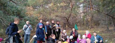 Настоятель Храма Покрова Пресвятой Богородицы в Шопино сводил прихожан в лес по грибы